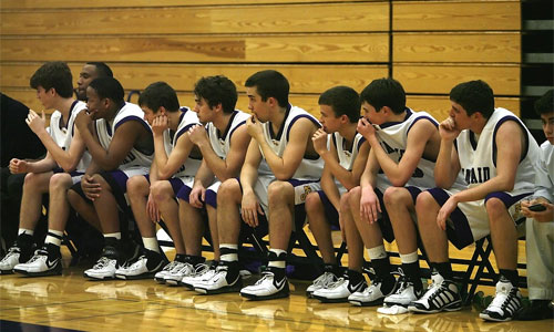 5 Ways Athletes Can Deal with Pressure During Tournaments bench - 5 Ways Athletes Can Deal with Pressure During Tournaments